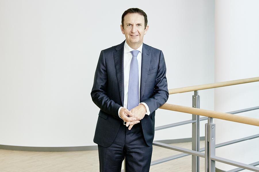 Henkel achieves new highs in sales and earnings