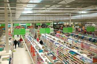 Asda rolls back prices