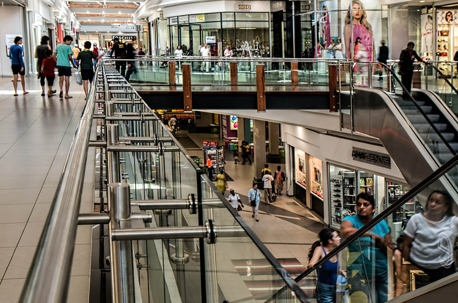 Retail market in agglomerations in the first halfyear